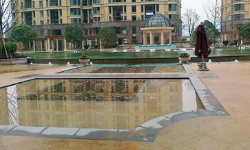 杭州富阳御园游泳池