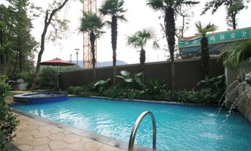坤和和家园游泳池