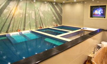 宁波华翔游泳池