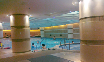 温德姆大酒店游泳池